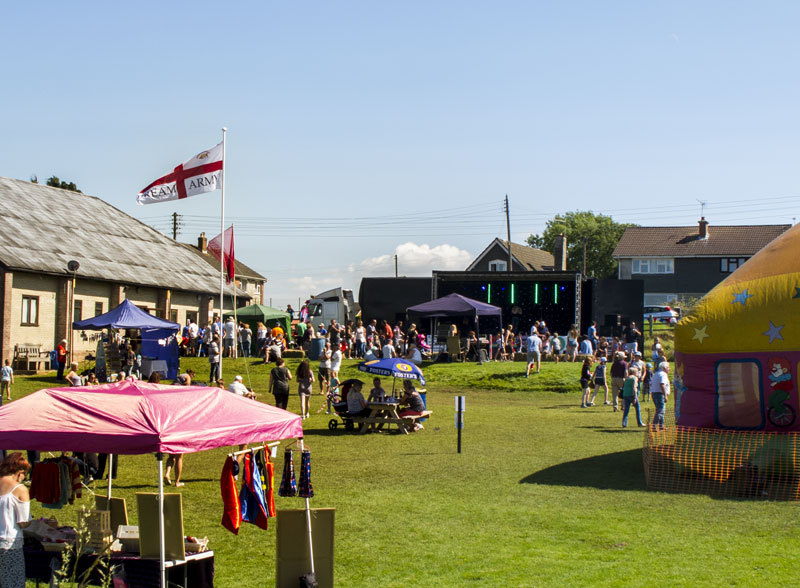 A photo of the BreamFest stalls