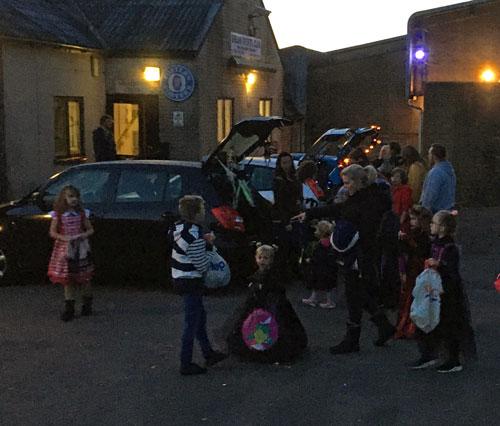 A photo showing the Trunk or Treat event at Bream Sports Club.